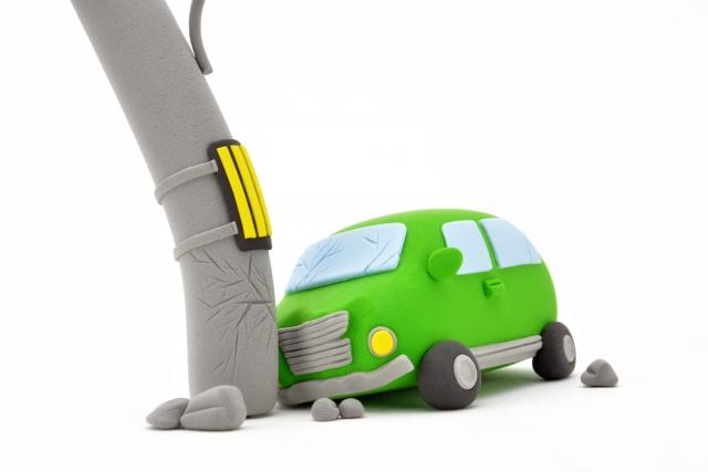 交通事故が起きたときにするべき4つの対処